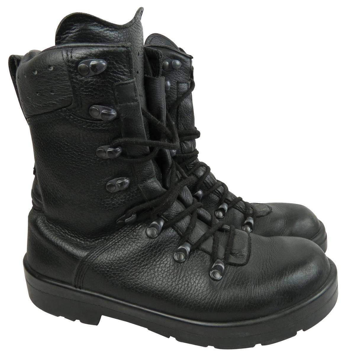 German Para Boot By German Army