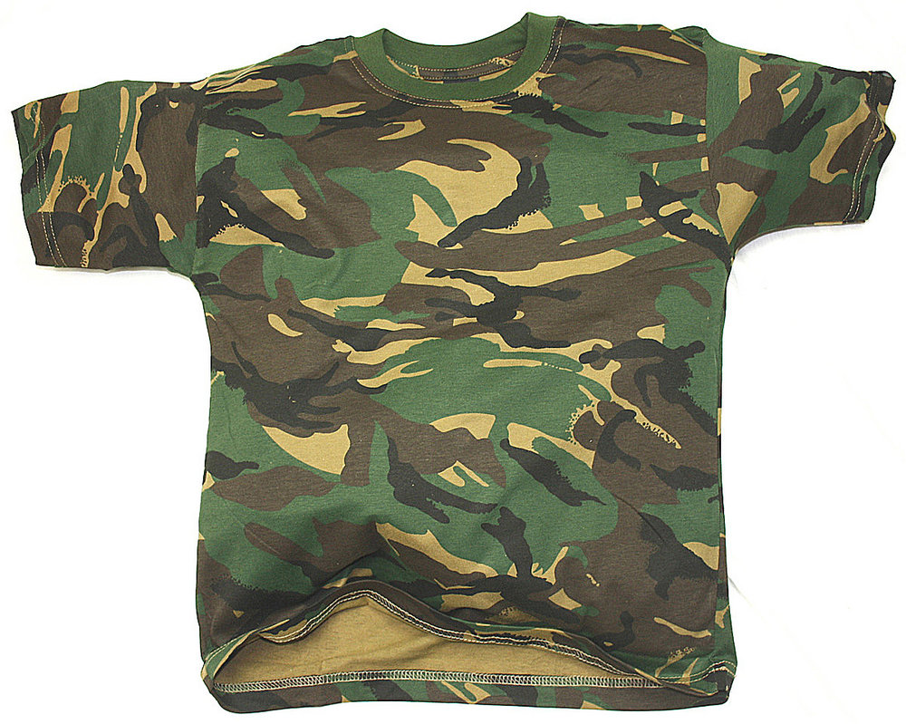 NEW Kids Pink Camo T-Shirt. Rothco's Kids camouflage T-Shirts feature a poly/cotton material that are great for screenprinting and are just like our adult version. The camo tees are available in.