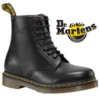 DM Black Classic 8 Eye Boot